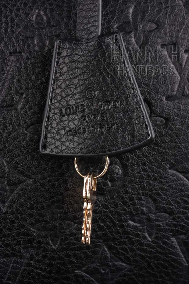 Replica Louis Vuitton Key