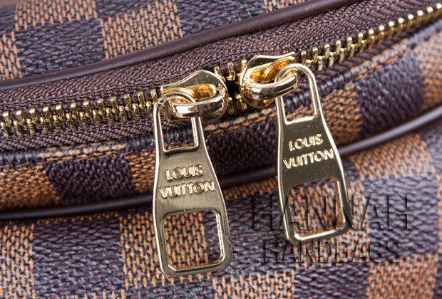 Replica Louis Vuitton bag zipper pull tabs